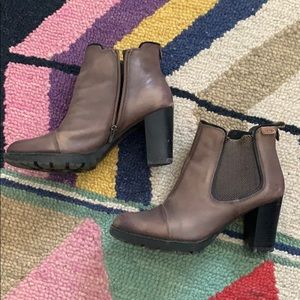 Pikolinos   brown heeled boots